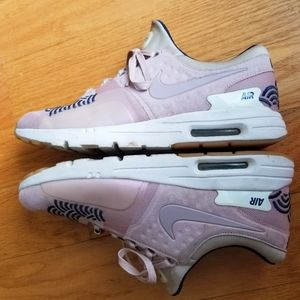 Nike Shoes - Nike Air Max Zero Tokyo City Collection